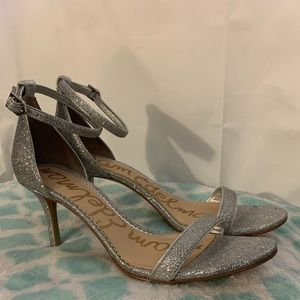 Sam Edelman Patti metallic strappy heel. 9.5